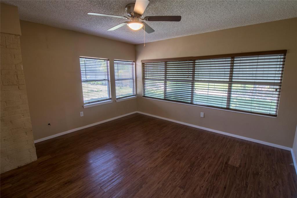 1814 Santa Cruz  Court, Grand Prairie, Texas 75051 - acquisto real estate best real estate company to work for