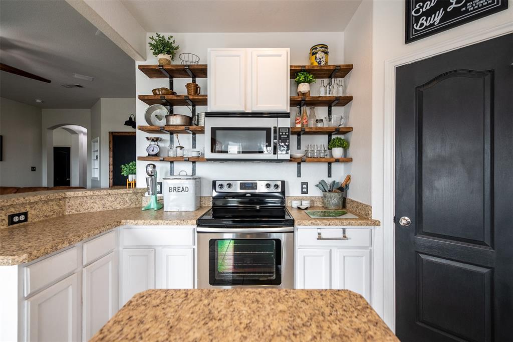 1482 Park Crest Drive, Crowley, Texas 76036 - acquisto real estate best celina realtor logan lawrence best dressed realtor