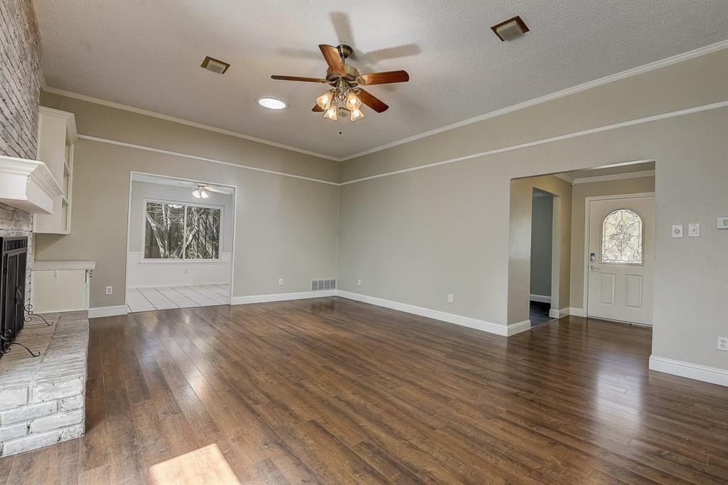 1810 Vassar Drive, Richardson, Texas 75081 - acquisto real estate best listing photos hannah ewing mckinney real estate expert