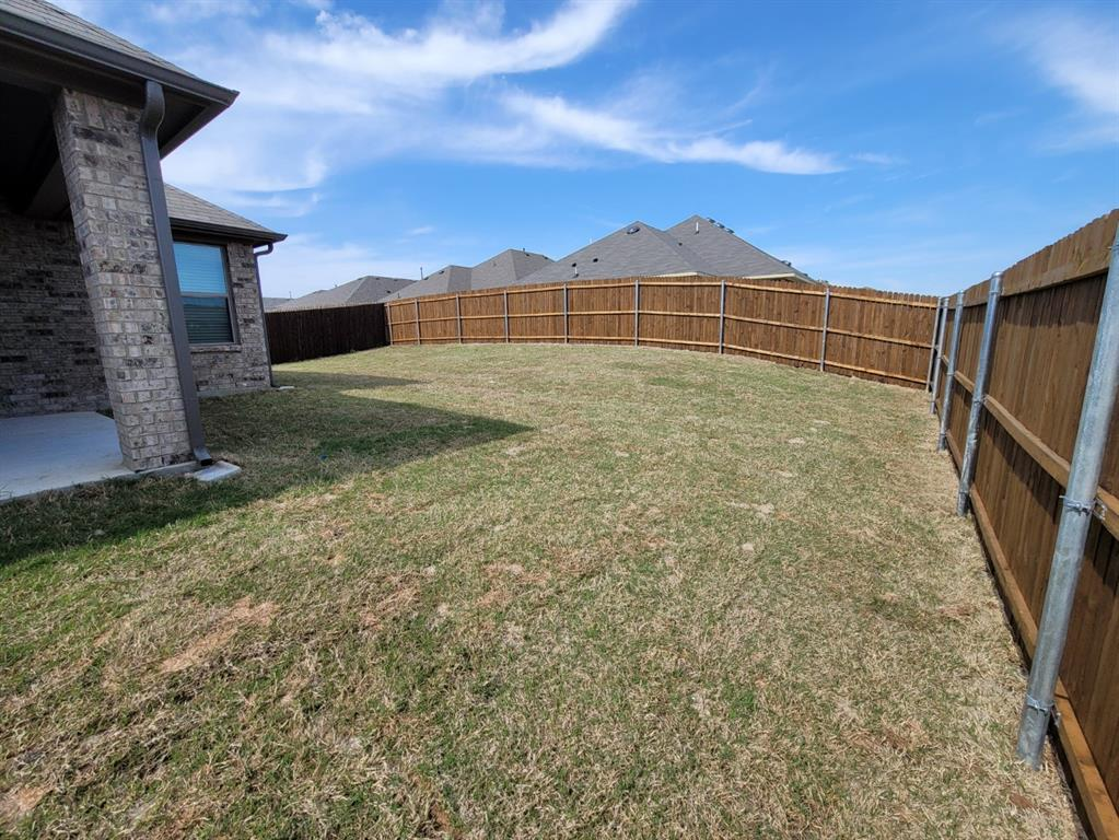 2305 Templin Avenue, Forney, Texas 75126 - acquisto real estaet best boutique real estate firm in texas for high net worth sellers