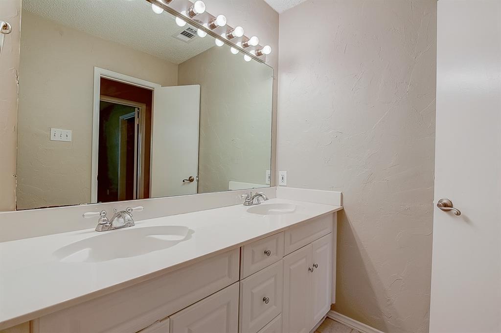1810 Vassar Drive, Richardson, Texas 75081 - acquisto real estate best designer and realtor hannah ewing kind realtor