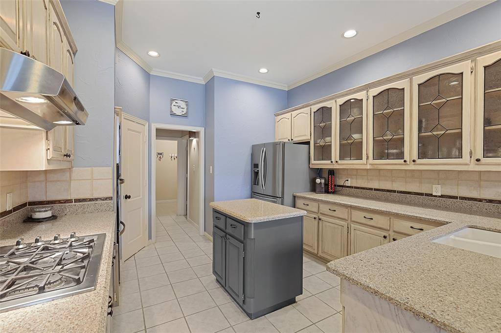 3108 Prestonwood Drive, Plano, Texas 75093 - acquisto real estate best real estate company to work for