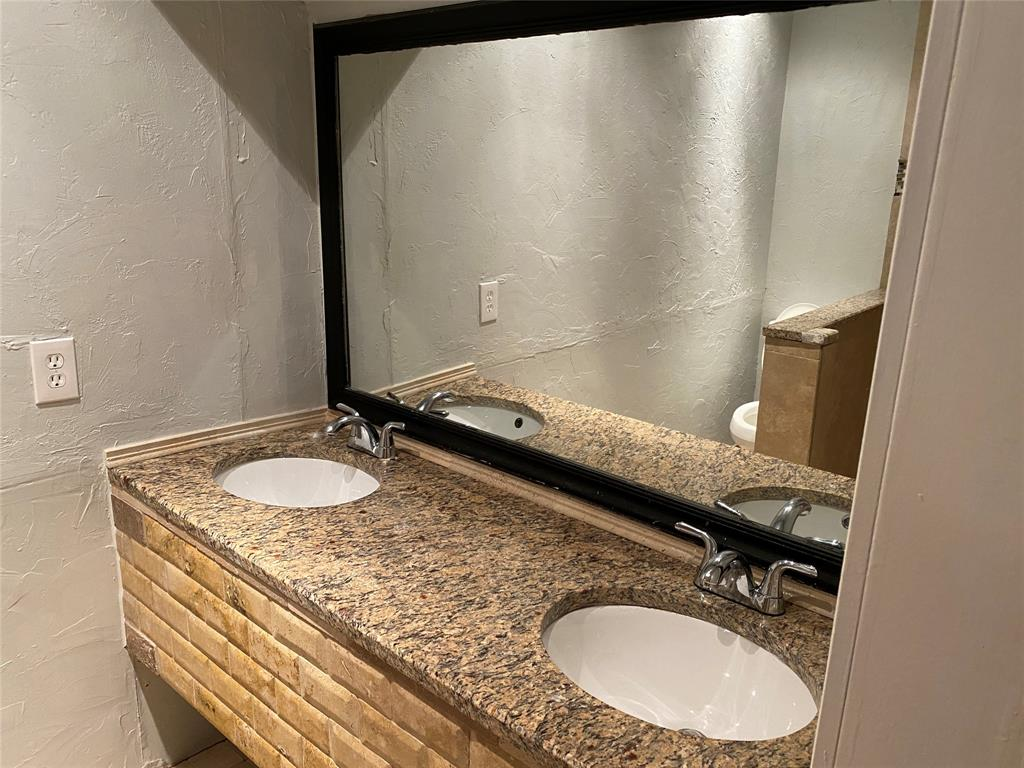 500 Willow Oak  Drive, Allen, Texas 75002 - acquisto real estate best listing agent in the nation shana acquisto estate realtor