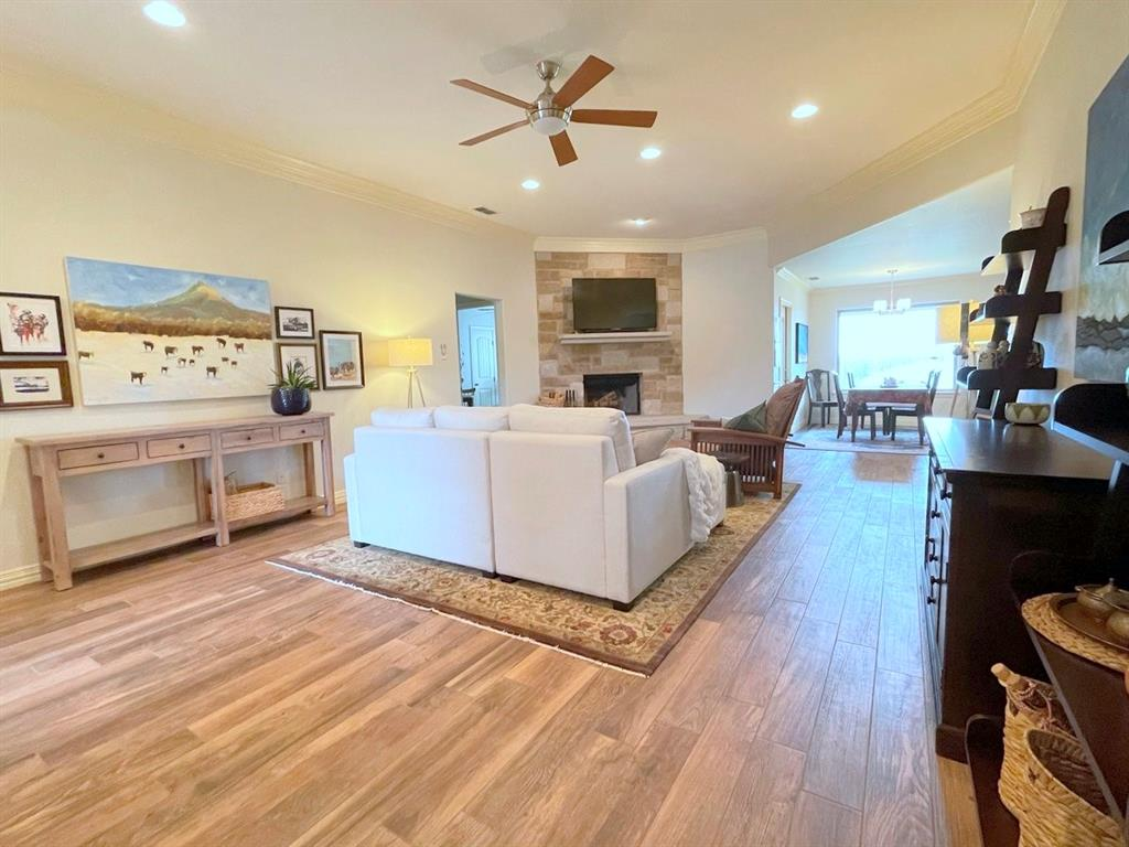 857 Great Waters Drive, Abilene, Texas 79602 - acquisto real estate best celina realtor logan lawrence best dressed realtor