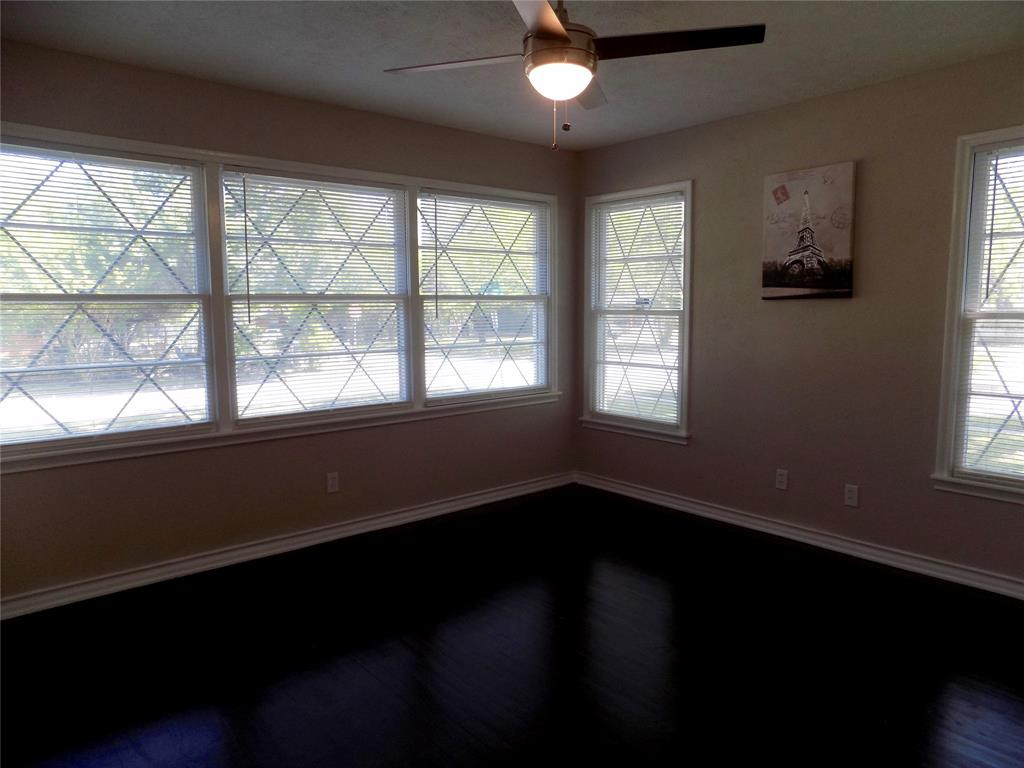 2730 Tisinger  Avenue, Dallas, Texas 75228 - acquisto real estate best realtor dfw jody daley liberty high school realtor