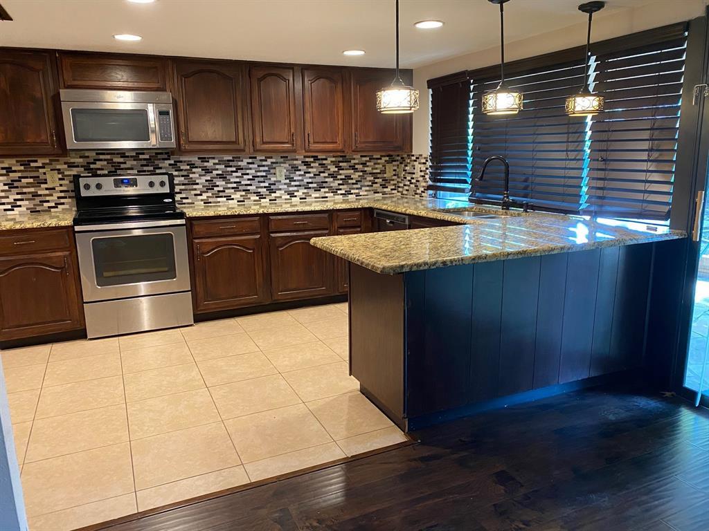 2209 Travis  Drive, Plano, Texas 75093 - acquisto real estate best designer and realtor hannah ewing kind realtor