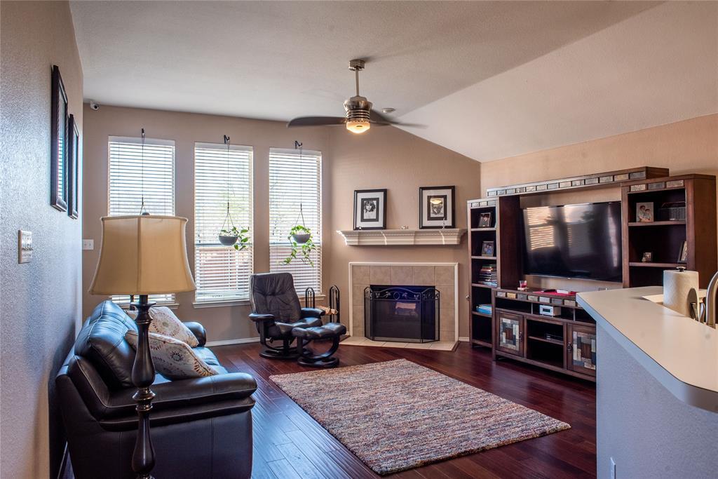 5812 Hidden Pine  Lane, McKinney, Texas 75070 - acquisto real estate best prosper realtor susan cancemi windfarms realtor