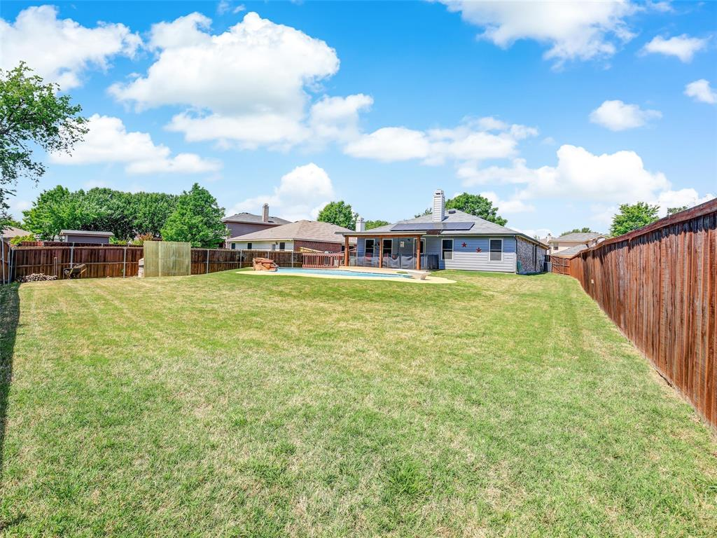 2516 Red Oak  Drive, Little Elm, Texas 75068 - acquisto real estate best photo company frisco 3d listings