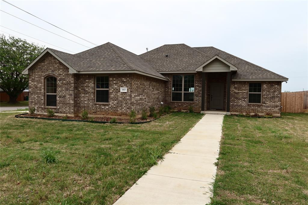 1413 Jefferson St.  Street, Bowie, Texas 76230 - Acquisto Real Estate best plano realtor mike Shepherd home owners association expert
