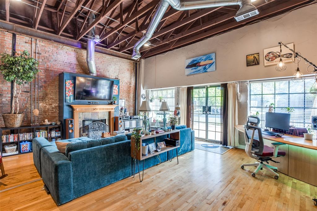 315 Collett  Avenue, Dallas, Texas 75214 - acquisto real estate best allen realtor kim miller hunters creek expert