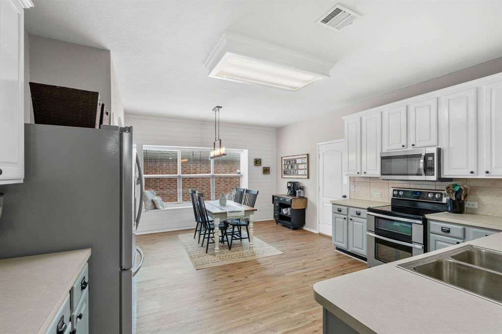 1726 Oak Brook  Lane, Allen, Texas 75002 - acquisto real estate best listing listing agent in texas shana acquisto rich person realtor