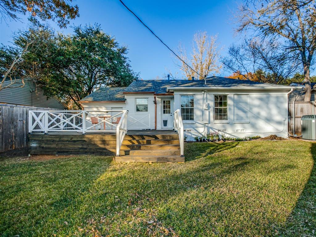 4044 Rochelle Drive, Dallas, Texas 75220 - acquisto real estate best realtor dallas texas linda miller agent for cultural buyers