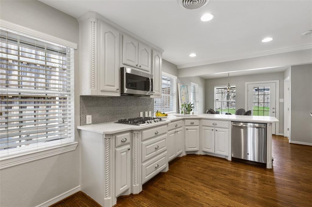 6843 La Vista  Drive, Dallas, Texas 75214 - acquisto real estate best listing listing agent in texas shana acquisto rich person realtor