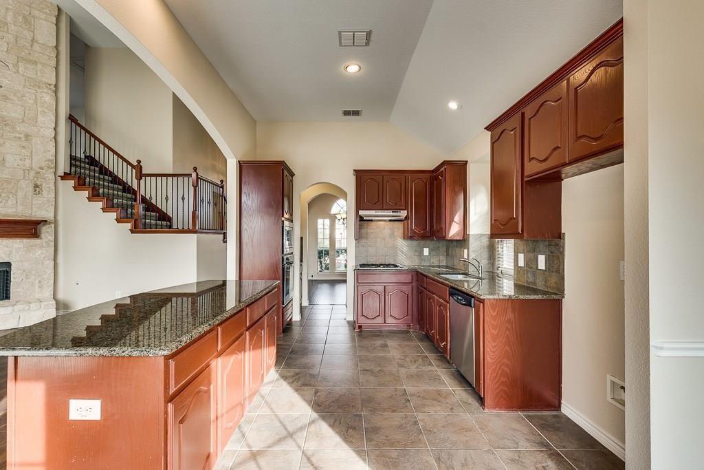 11805 Vienna Apple Road, Fort Worth, Texas 76244 - acquisto real estate best prosper realtor susan cancemi windfarms realtor