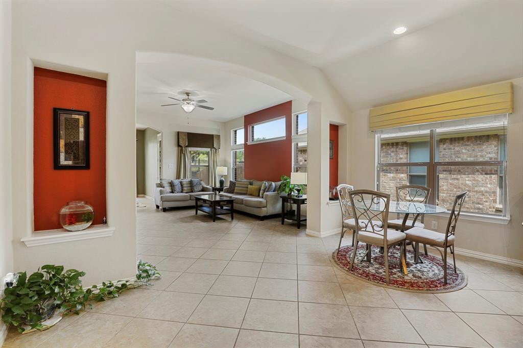 2928 Golfview  Drive, McKinney, Texas 75069 - acquisto real estate best luxury buyers agent in texas shana acquisto inheritance realtor
