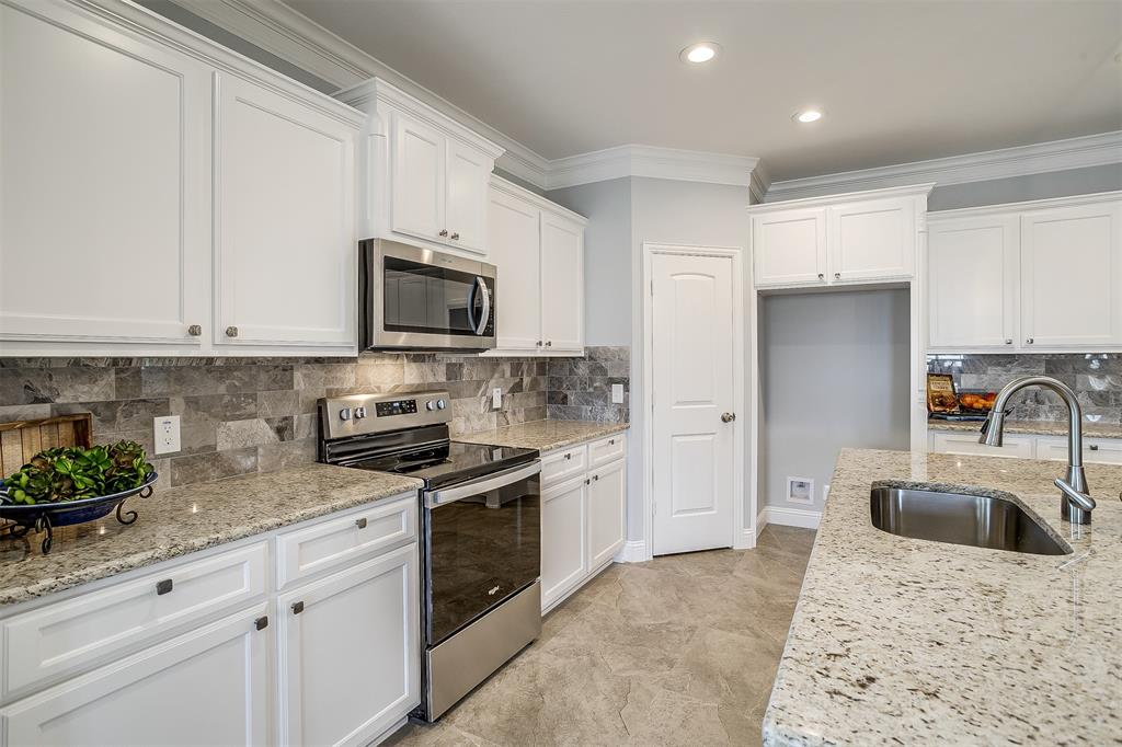 719 Rock Harbor Court, Granbury, Texas 76048 - acquisto real estate best real estate company to work for