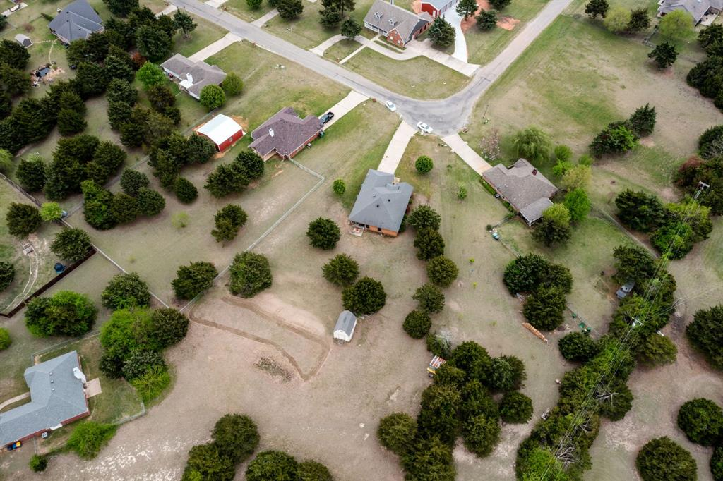 2705 Cedar  Park, Sherman, Texas 75090 - acquisto real estate best realtor foreclosure real estate mike shepeherd walnut grove realtor