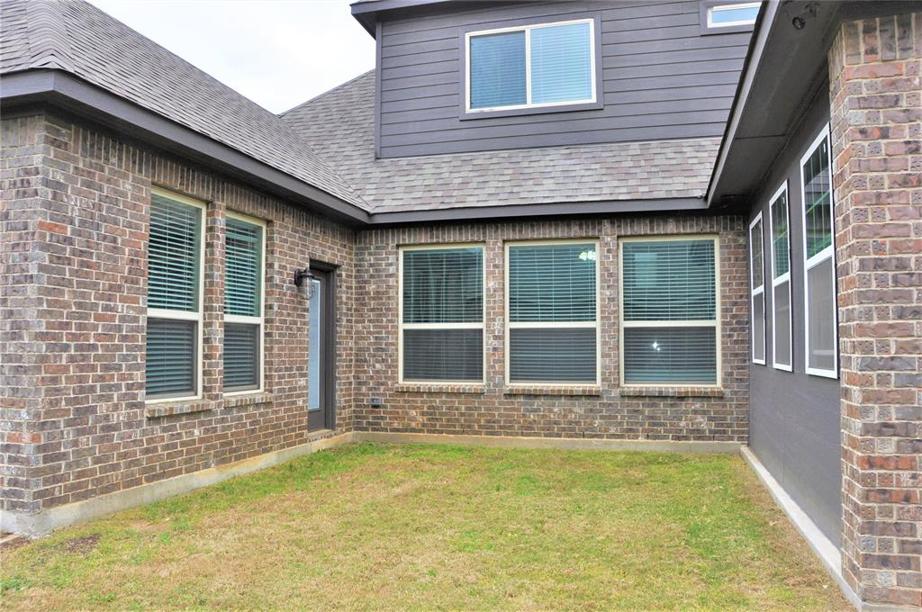 2606 Kuykendall Drive, Arlington, Texas 76001 - acquisto real estate agent of the year mike shepherd
