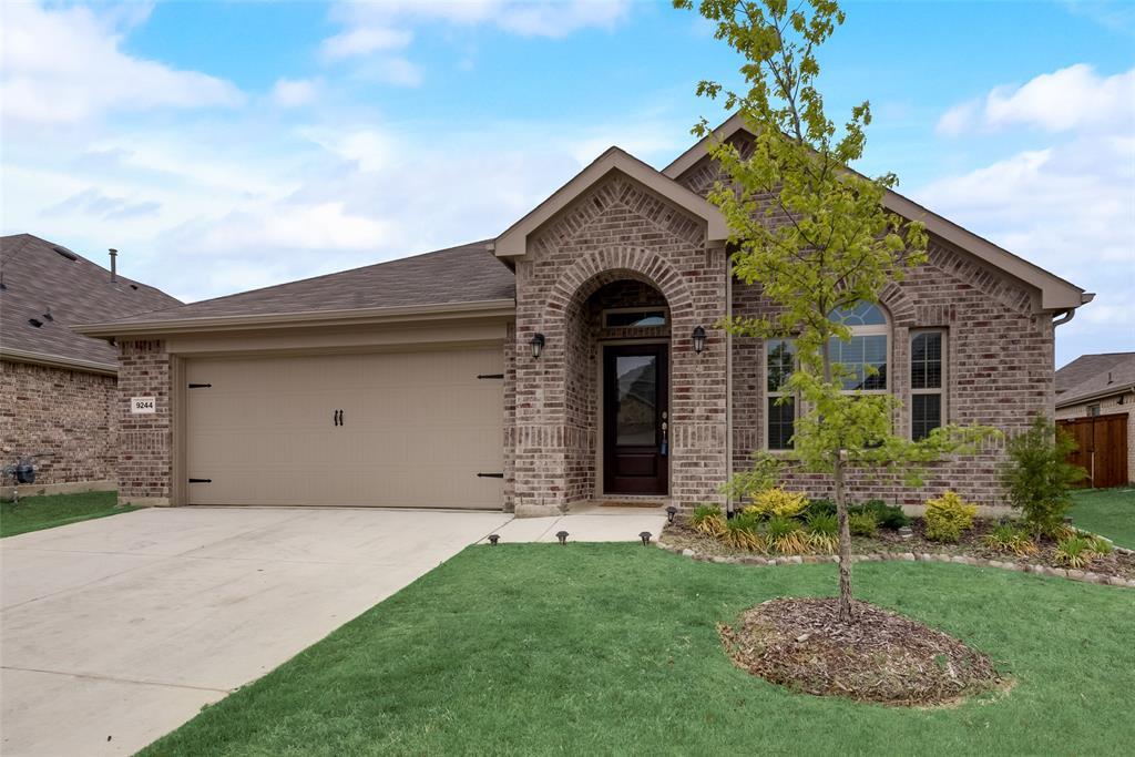9244 Silver Dollar  Drive, Fort Worth, Texas 76131 - Acquisto Real Estate best mckinney realtor hannah ewing stonebridge ranch expert