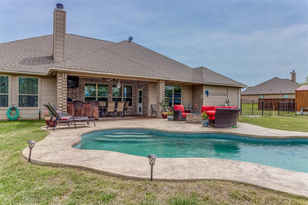 107 High Country  Road, Decatur, Texas 76234 - acquisto real estate mvp award real estate logan lawrence