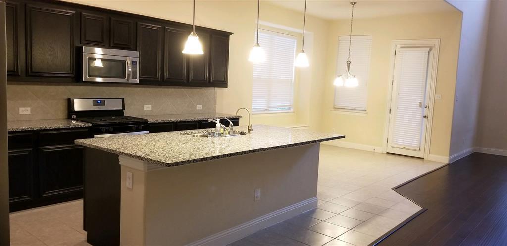 10695 Villanova Drive, Frisco, Texas 75035 - acquisto real estate best celina realtor logan lawrence best dressed realtor