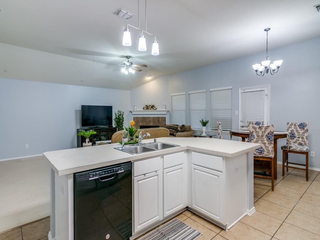 321 Highland Creek  Drive, Wylie, Texas 75098 - acquisto real estate best listing agent in the nation shana acquisto estate realtor