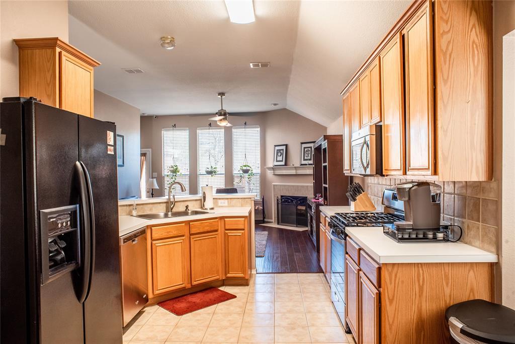 5812 Hidden Pine  Lane, McKinney, Texas 75070 - acquisto real estate best highland park realtor amy gasperini fast real estate service