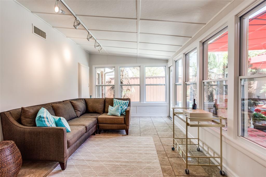 2862 Duval Drive, Dallas, Texas 75211 - acquisto real estate best plano real estate agent mike shepherd