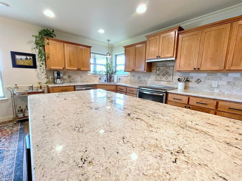 857 Great Waters Drive, Abilene, Texas 79602 - acquisto real estate best real estate company to work for