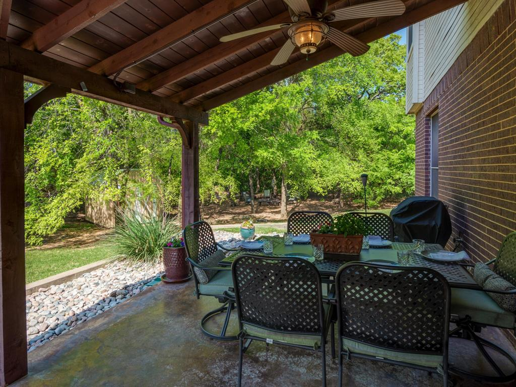 311 Cottonwood  Trail, Shady Shores, Texas 76208 - acquisto real estate best looking realtor in america shana acquisto
