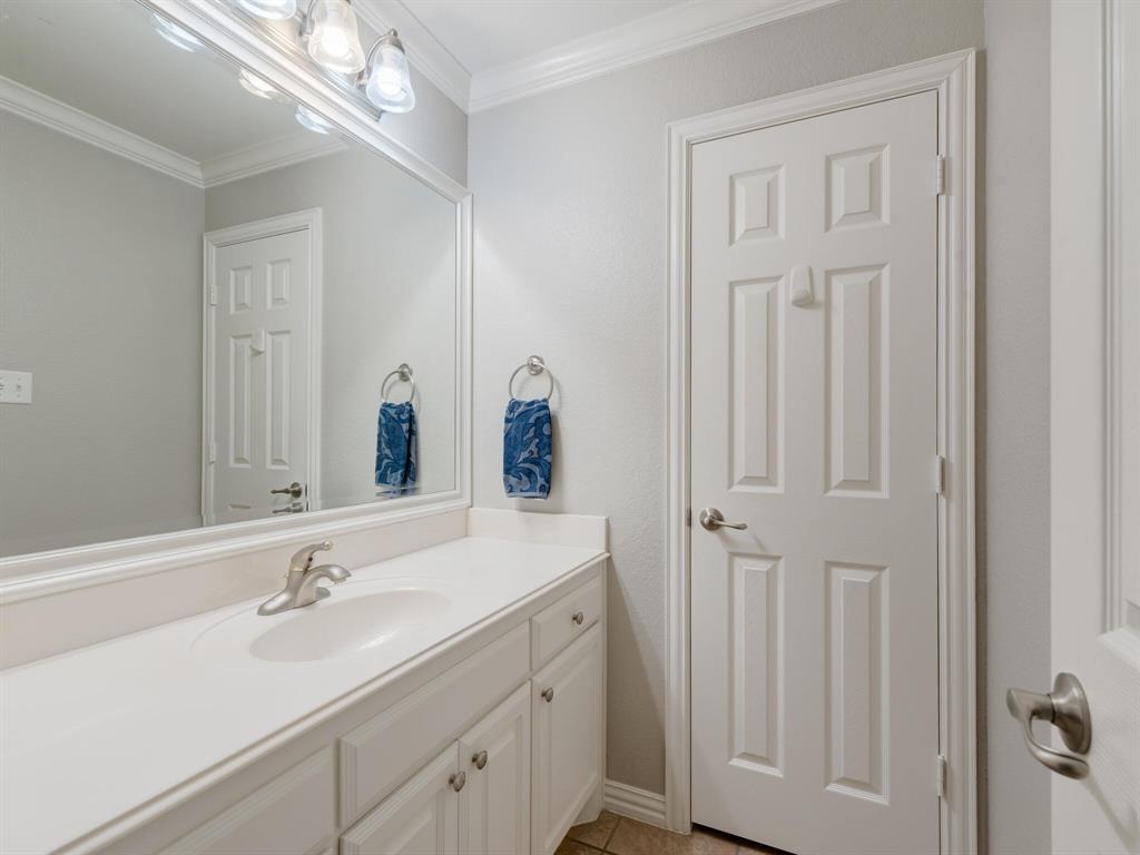 8309 Valley Oaks  Drive, North Richland Hills, Texas 76182 - acquisto real estate smartest realtor in america shana acquisto