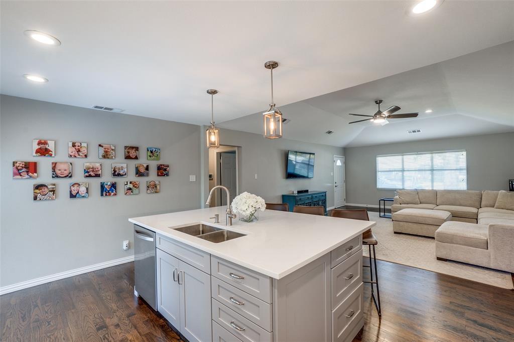 6844 Town North  Drive, Dallas, Texas 75231 - acquisto real estate best luxury buyers agent in texas shana acquisto inheritance realtor