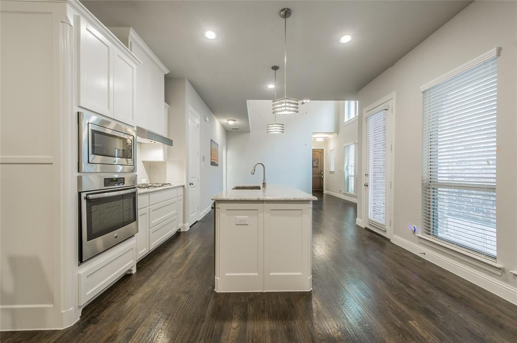 7409 Collin McKinney Parkway, McKinney, Texas 75070 - acquisto real estate best new home sales realtor linda miller executor real estate