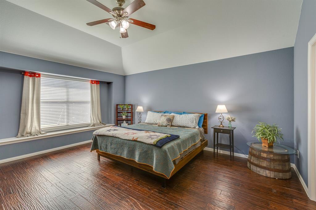 2860 Evening Mist Drive, Little Elm, Texas 75068 - acquisto real estate best designer and realtor hannah ewing kind realtor