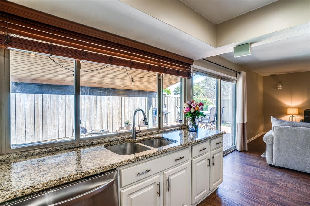 10954 Middle Knoll Drive, Dallas, Texas 75238 - acquisto real estate best style realtor kim miller best real estate reviews dfw