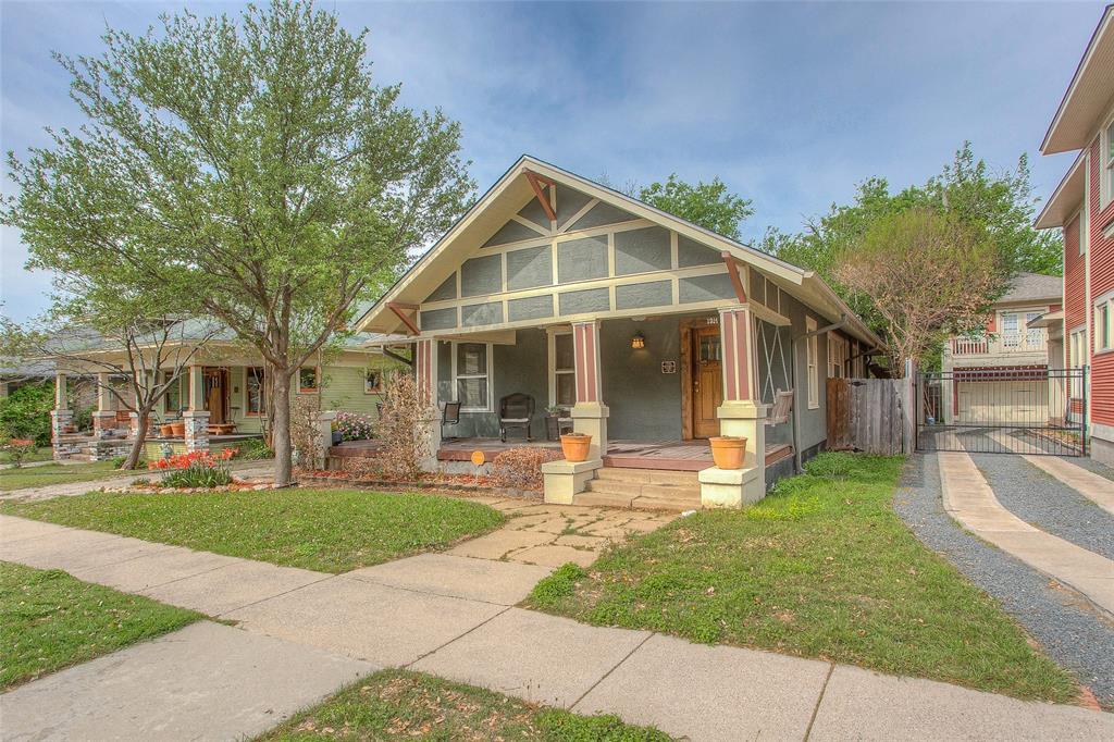 1914 Fairmount  Avenue, Fort Worth, Texas 76110 - Acquisto Real Estate best plano realtor mike Shepherd home owners association expert