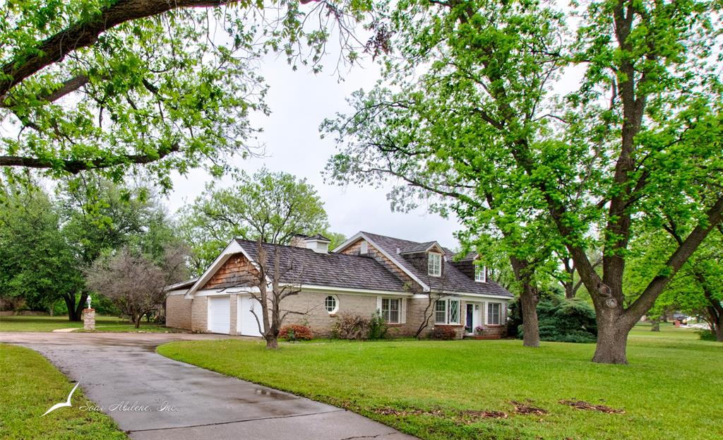 2517 Shoreline  Drive, Abilene, Texas 79602 - Acquisto Real Estate best plano realtor mike Shepherd home owners association expert