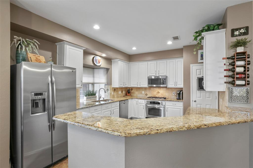 4405 Stromboli Drive, Plano, Texas 75093 - acquisto real estate best highland park realtor amy gasperini fast real estate service