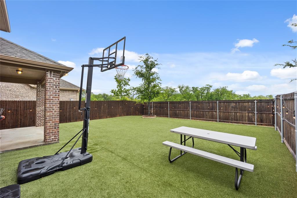 9920 Timberwolf  McKinney, Texas 75071 - acquisto real estate best plano real estate agent mike shepherd