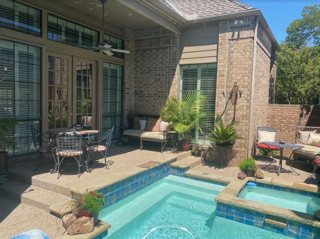 6917 Hillpark  Drive, Dallas, Texas 75230 - acquisto real estate best park cities realtor kim miller best staging agent