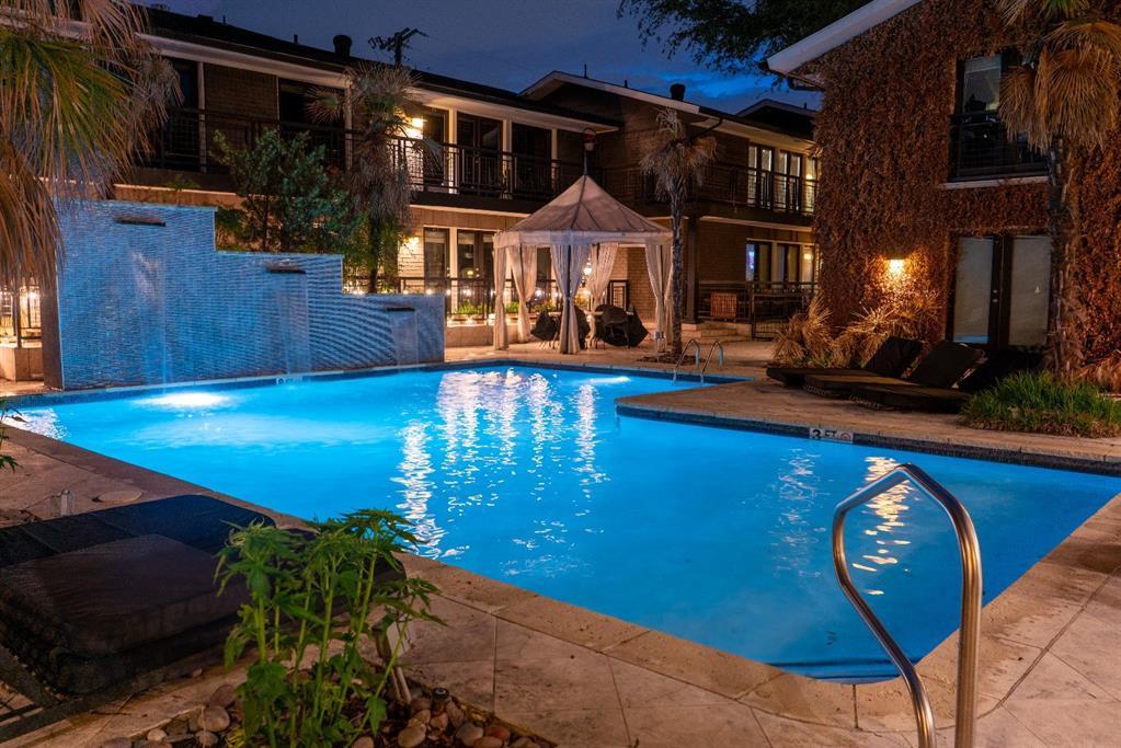 10209 Regal Oaks  Drive, Dallas, Texas 75230 - acquisto real estate best realtor dfw jody daley liberty high school realtor