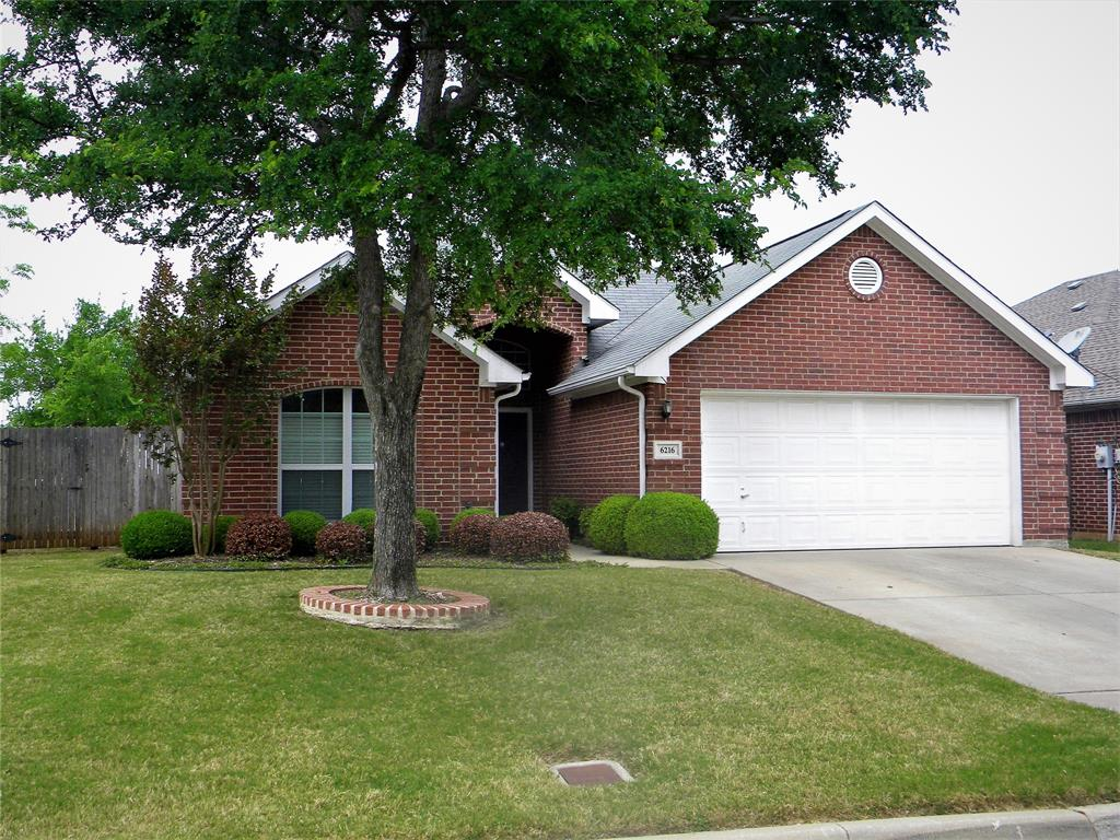 6216 Gillispie  Drive, Fort Worth, Texas 76132 - Acquisto Real Estate best plano realtor mike Shepherd home owners association expert
