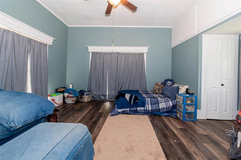 2115 WALWORTH  Greenville, Texas 75401 - acquisto real estate best real estate company to work for