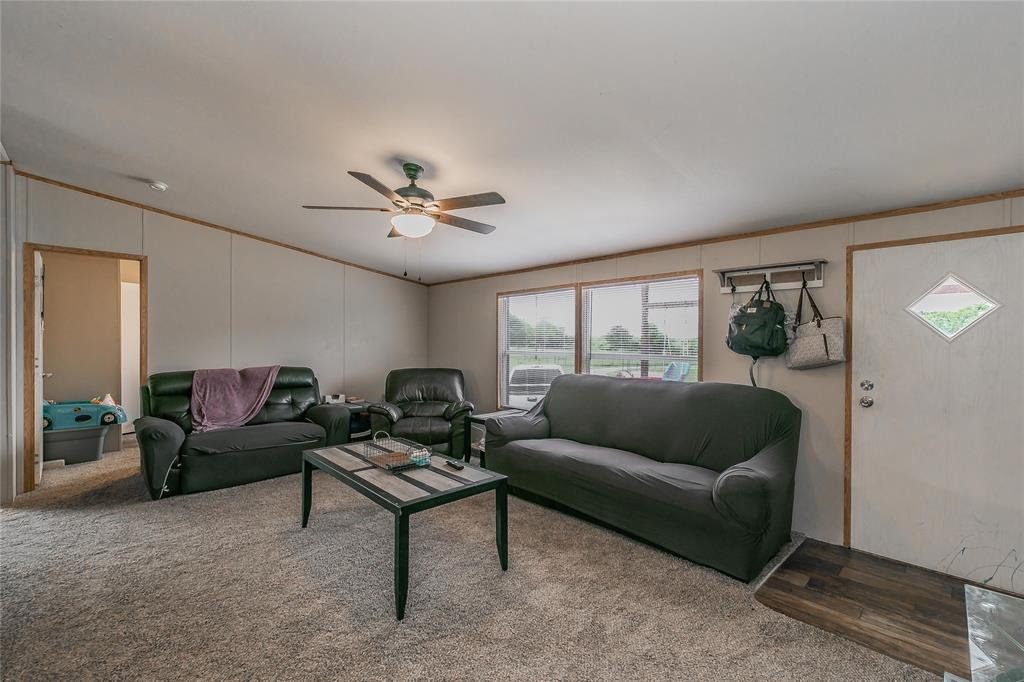 646 County Road 3555  Paradise, Texas 76073 - acquisto real estate best park cities realtor kim miller best staging agent