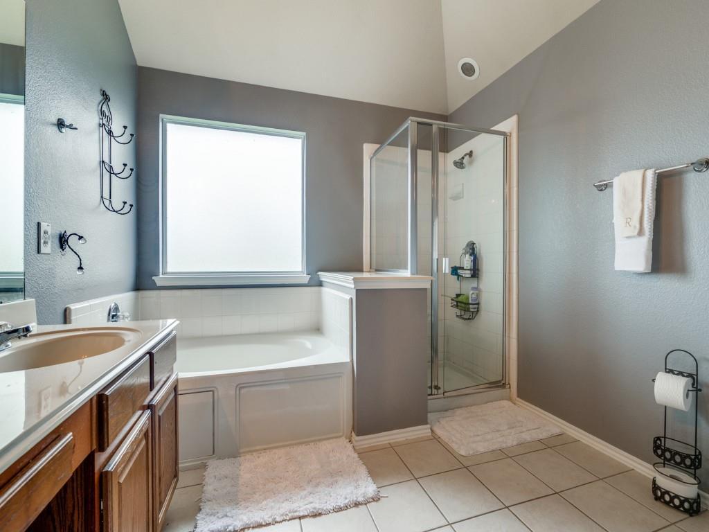 2104 Boulder Ridge  Trail, Mansfield, Texas 76063 - acquisto real estate best new home sales realtor linda miller executor real estate