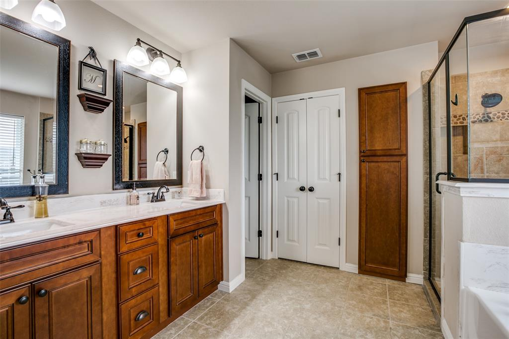 201 Palmer View  Drive, Palmer, Texas 75152 - acquisto real estate best photos for luxury listings amy gasperini quick sale real estate