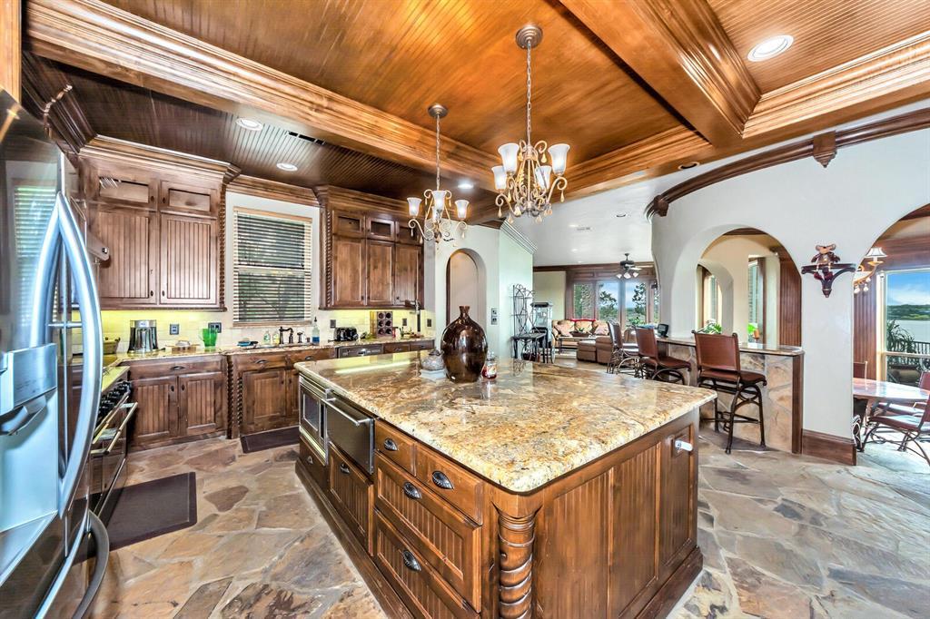 1056 Bluff Creek  Drive, Possum Kingdom Lake, Texas 76475 - acquisto real estate best highland park realtor amy gasperini fast real estate service