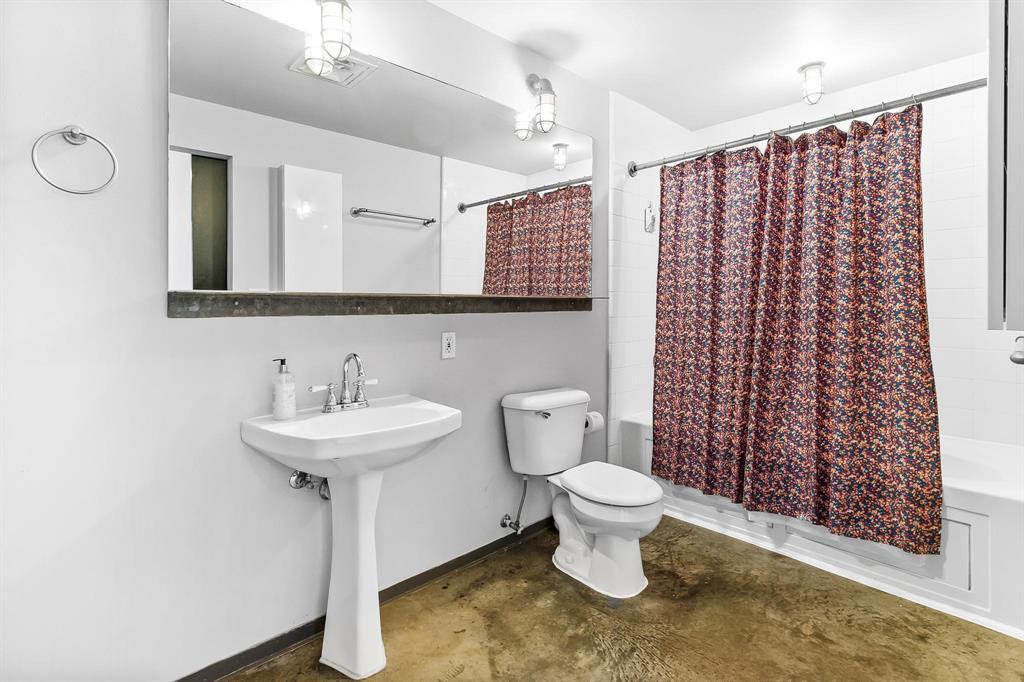 1122 Jackson  Street, Dallas, Texas 75202 - acquisto real estate best realtor dallas texas linda miller agent for cultural buyers