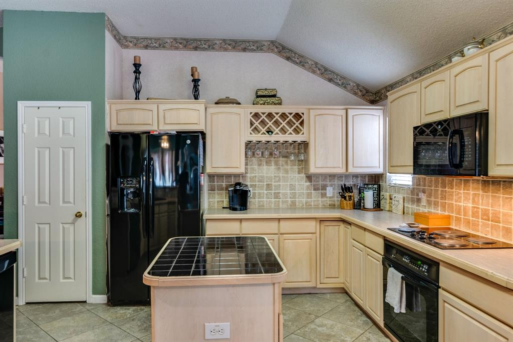 6701 Andress  Drive, Fort Worth, Texas 76132 - acquisto real estate best real estate company to work for