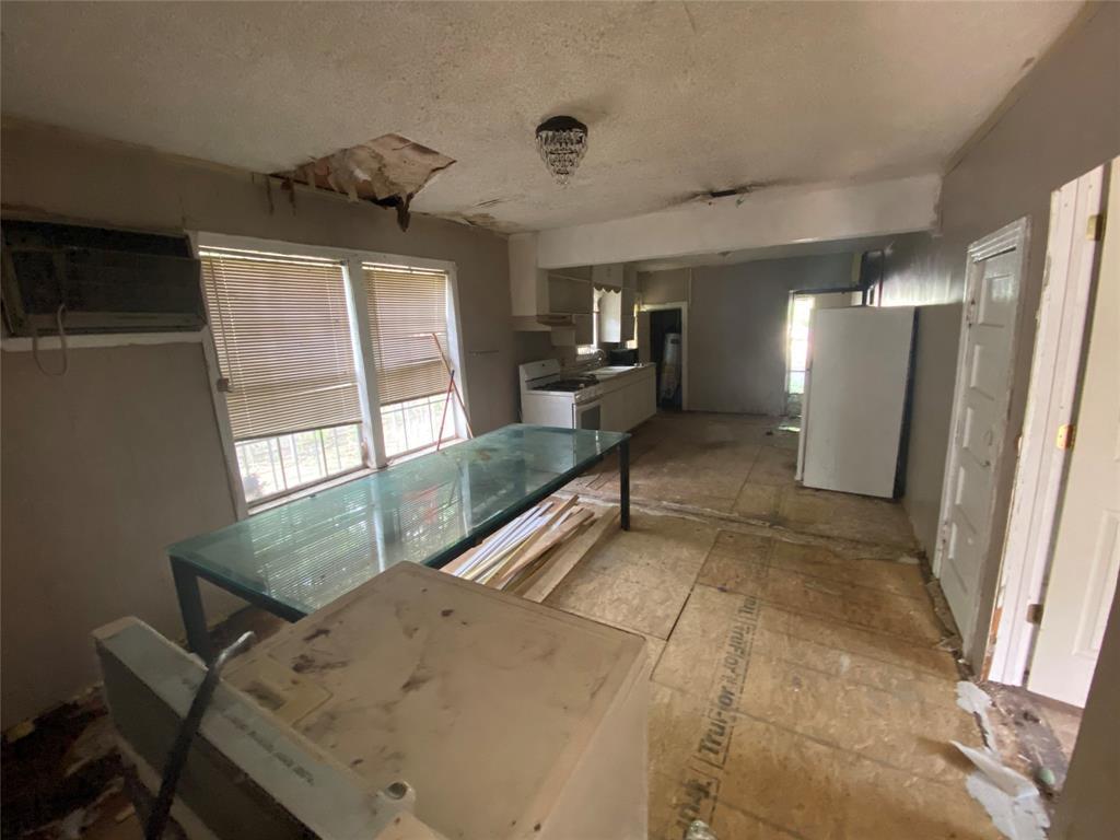 2606 Michigan  Avenue, Dallas, Texas 75216 - acquisto real estate best listing agent in the nation shana acquisto estate realtor